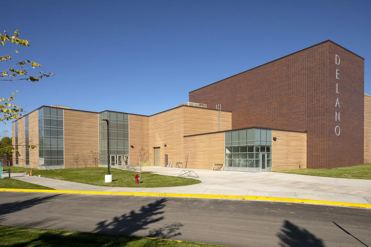 Delano High School exterior