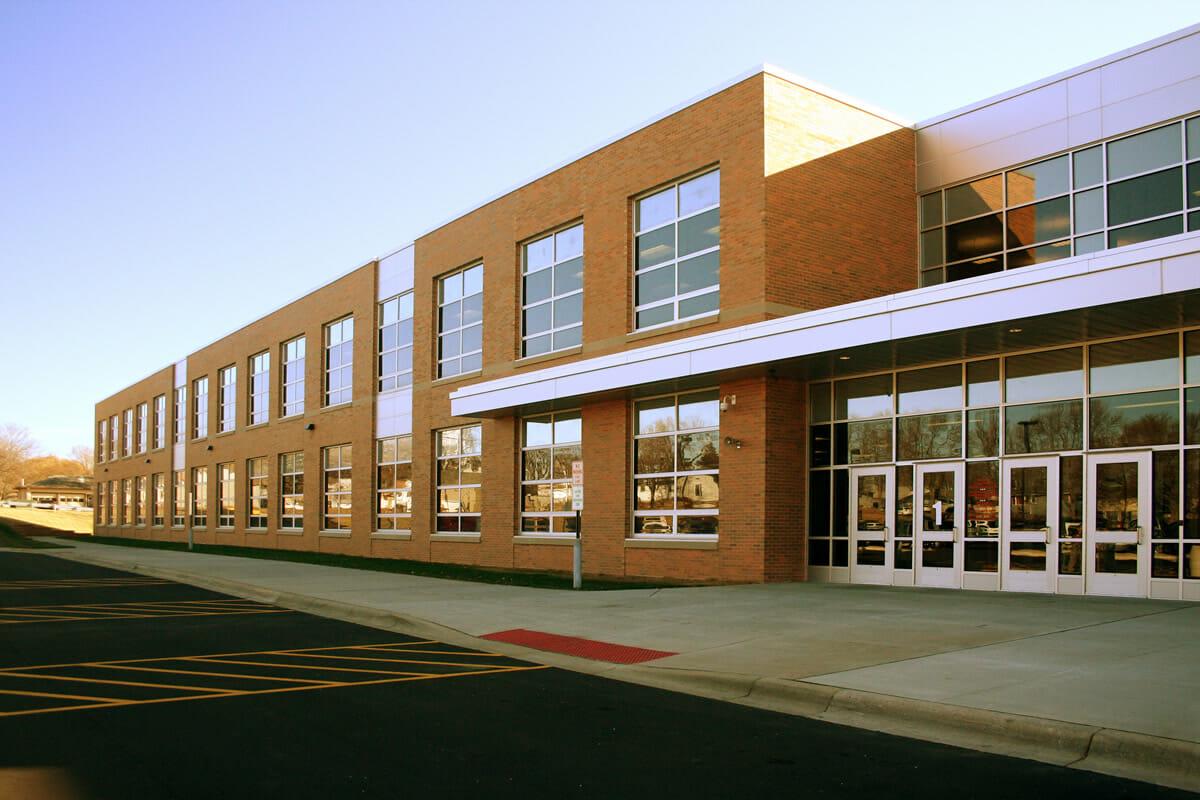 Fairmont Elementary school exterior