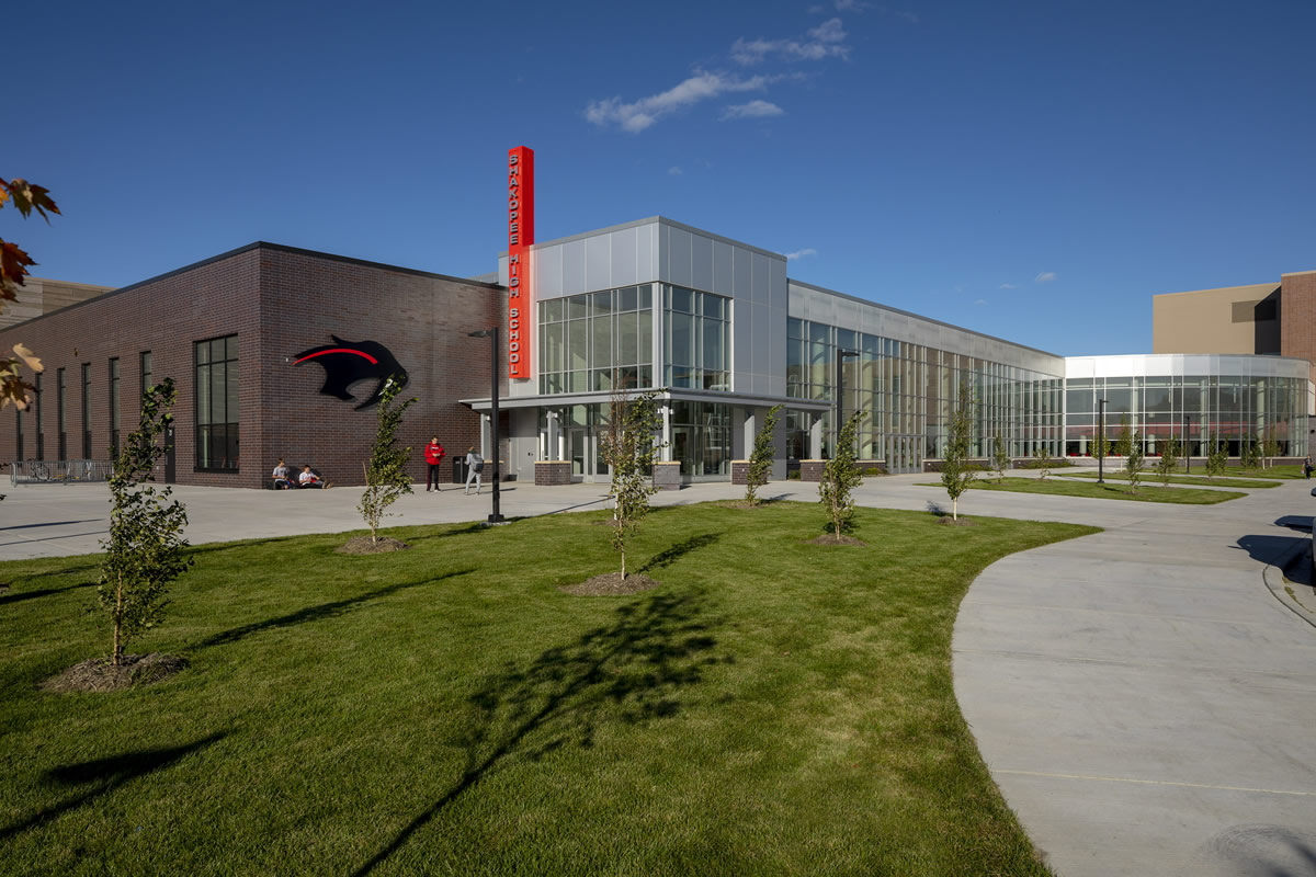 Shakopee High School exterior photo