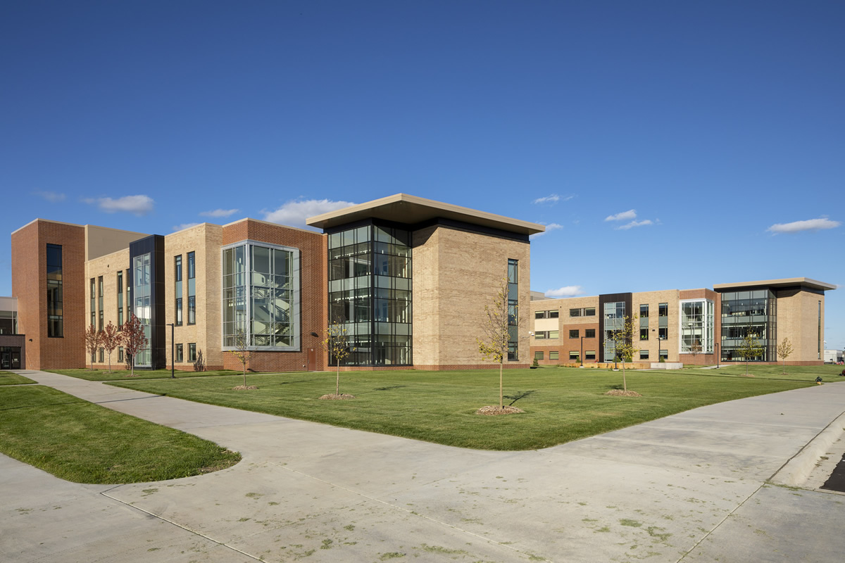 Shakopee High School exterior shot